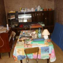 débarras d'une maison, séjour, salon à Ornans, doubs, 25, AVANT INTERVENTION....... entreprise de déblaiement-débarras AHLEN