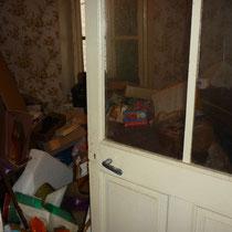 débarras d'une maison de ville à Ornans, doubs, 25, AVANT INTERVENTION....... entreprise de déblaiement-débarras AHLEN