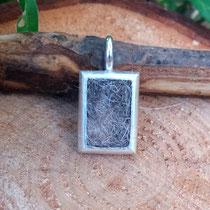 Rechteck, 925/er Silber, mit eingefilzter Unterwolle, LxB = ca. mm,  €115,-