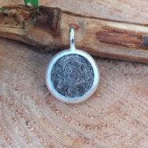 Kreis, 925/er Silber, mit eingefilzter Unterwolle, LxB = ca. mm,  €115,-