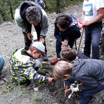 Lisore di Cerignale (PC)  2 settembre  - Nella Tana del Tasso  a caccia di Minerali