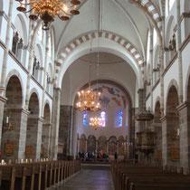 Das Kirchenschiff des Dom von Aarhus. Foto: J.Auer