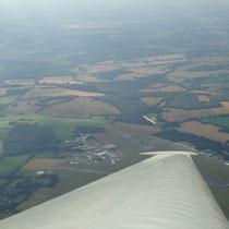 Luftaufnahme bei Lasham aus dem Kranich III. Foto: Auer