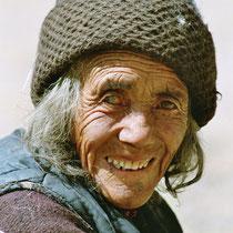 Blinde Frau in Ladakh, Indien