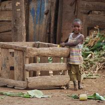 Junge in Tansania