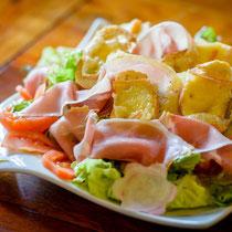 La salade  Lavandières - restaurant - crdt photo : Sylvain Cambon photographe