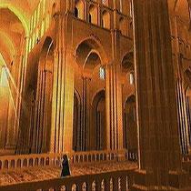 Innenansicht der Kirche von Cluny