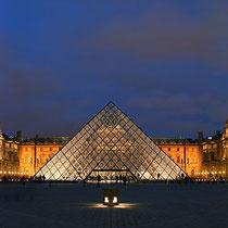 Eingang zum Louvre