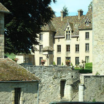 Le Château de Couches dit de Marguerite de Bourgogne