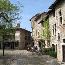 Dorfplatz von Pérouges