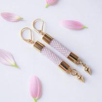 """Boucles d'oreilles """"Elisa"""", rose pâle. 49 euros"""
