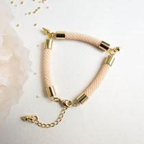 """Bracelet """"Elisa"""", pêche. 49 euros"""