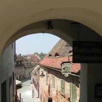 Sighișoara (Schäßburg) verzückt mit seiner mittelalterlichen Idylle.