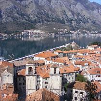 Montenegro: Ausblick über die Bucht von Kotor.
