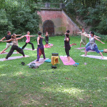 Open Air Yoga mit Traudi Pich.