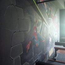 """Роспись стен """"СуперГерои КроссФита""""."""