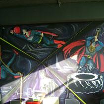 Роспись стен, нанесение  тематических рисунков.