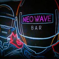 Роспись стены в NEO WAVE bar, рисунок выполнен флуоресцентной краской.