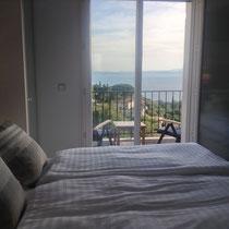 vue mer magnifique, balcon avec marquise