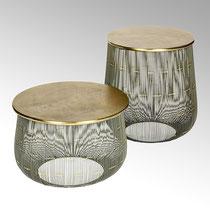 Myoshi Beisteller, Aluminium/Eisen Farbe: bronze, anthrazit Maße: H 34,5 cm, D 52 cm, CHF 631.20 & H 52 cm, D 45 cm CHF 757.70
