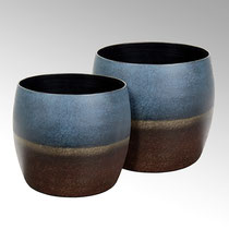 Quing Gefäss, Eisen bronze grün/patina Maße:H 20 cm D 18 cm CHF 50,00 & H 22 D 24 cm CHF 100,00