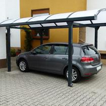 Bogendach Carport aus Aluminium