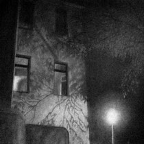 niemand ist da, 2011; kohle auf papier, 50x70cm