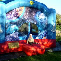 """Burg """"Space"""" für private Feiern 4x4m"""