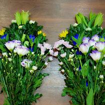 花瓶用花束 3,300円×2束(一対)