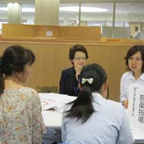 左:山本まり子先生(音楽指導コース) 右:高松晃子先生(音楽教員養成コース&音楽指導コース)