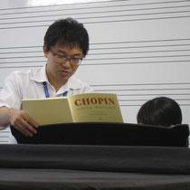 菅野雅紀先生のピアノレッスン
