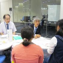 左:音楽総合学科長 原沢康明先生(音楽療法コース) 右:郡司正樹先生(音楽療法コース)