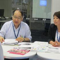 左:音楽総合学科長・原沢康明先生、右:古平孝子先生(いずれも音楽療法コース)