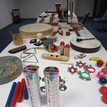 廣川恵理先生の体験授業「音楽療法飛び入り体験」で使われた楽器群