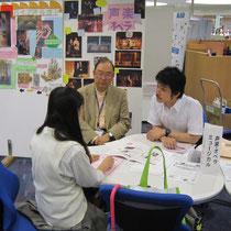 左:演奏学科長 八杉忠利先生(作曲コース) 右:鳥井俊之先生(ミュージカルコース)