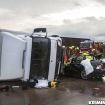 Der BMW nach dem Unfall.|Foto: Christopher Sebastian Harms