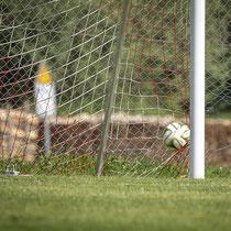 Ball im Netz durch Pascal Cavigelli