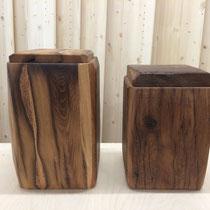Urnen aus Eiche Altholz, geölt, 10l (für grosse Aschekapsel geeignet)