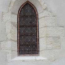 protection de vitraux sur une église