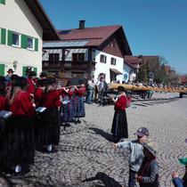 Wir Begrüßen unser Dorf mit einem Standkonzert