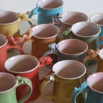 Carolin Rademacher, www.keramik-rademacher.de, Tassen mit Tieren, verschiedene Farben und Motive  h8cm Durchmesser 8cm Steinzeug spülmaschinengeeignet 15€