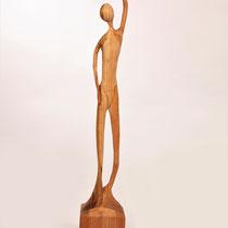 Sylvia Gnatz; Human; Buchenholz 350.-€ 20 cm hoch; Internetseite www.gnatz.de;  Mail gnatz@gnatz.de