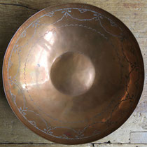 "5092 Navajo/Pueblo Copper bowl w/mark for Garden of the Gods Trading Post 9x2.375"" $950"