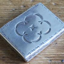 """5522 Navajo Pill Box c.1930 1.5x1.125"""" $150"""