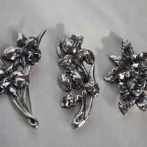 C 花のシリーズ ブローチ お好きなお花をモチーフにブローチを制作致します。