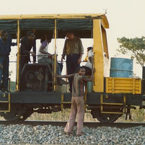 alkaSOL project: gang car used as transport for installation along the railway in Tanzania 1988
