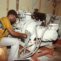 alkaSOL project: Nitel - Nigeria 1984 - installation of emergency generator