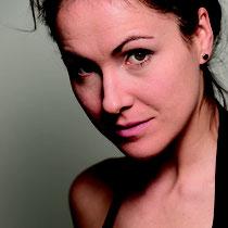 BIRGIT FUCHS Portrait hoch4, CMYK, 300dpi, 800x1200, ©Mario Eder