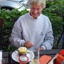 Ja und Krümel schafft sogar noch ein Dessert!