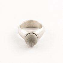 Ring rund klein, Silber, Beton